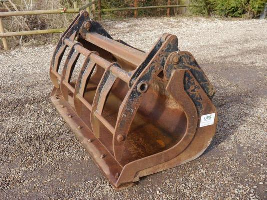 Mason Engineering Grab Bucket for JCB 406 / Volvo L25