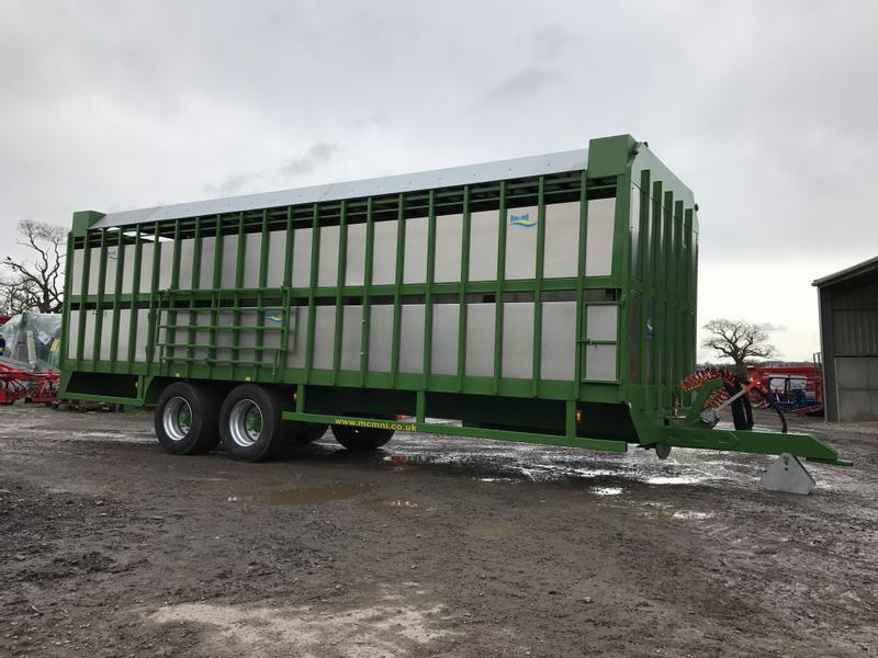 MCM Livestock Trailer With Manual Sheep Decks
