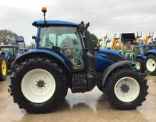 Valtra N134 Tractor