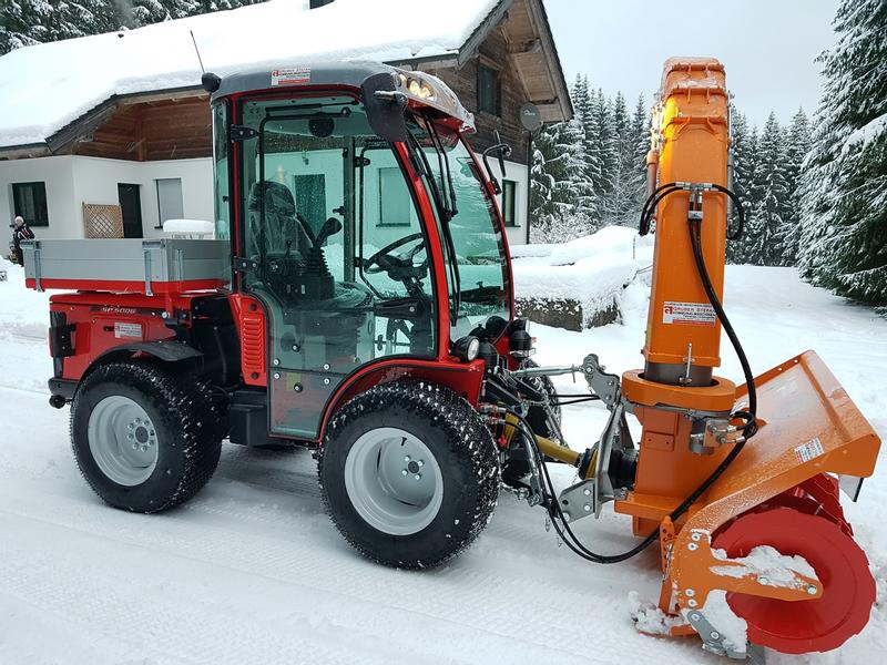 Carraro SP 5008 HST SUPERPARK Schlepper Holder Kubota Fendt