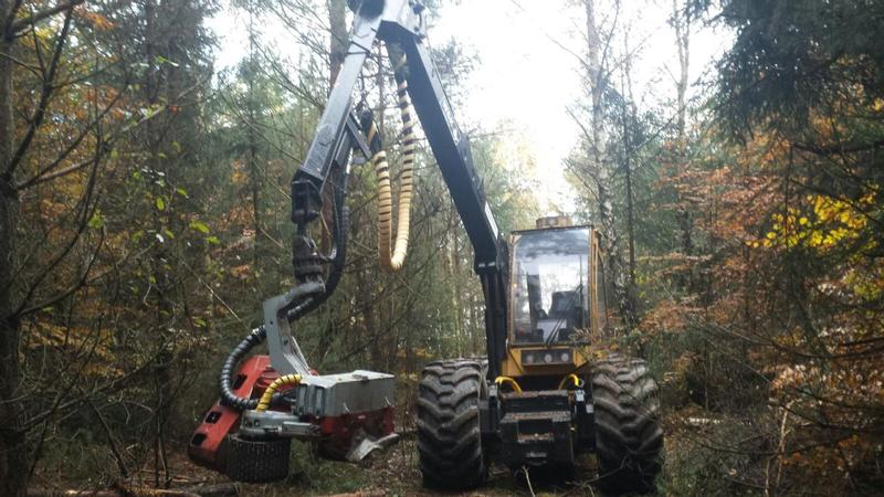 Caterpillar 570 B + Logmax 5000