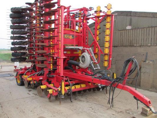 VADERSTAD RAPID A800s 8 metre drill, system discs, 2005, staggered wheels