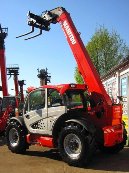 Manitou MLT 840 - 137 PS TURBO -- 7.6m / 4t. -- 40 km/h
